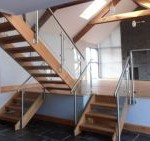 Oakleigh South glass balustrading
